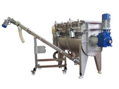 Ribbon mixer with screw conveyor