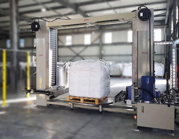 Hydraulic bulk bag conditioner